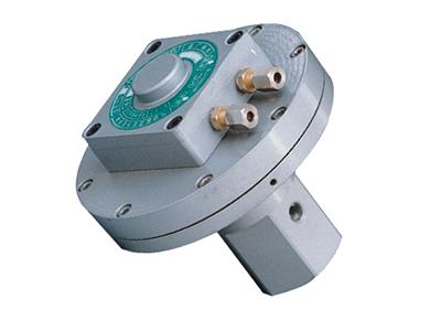气动抗震压力变送器